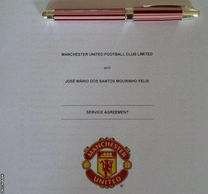 Manchester Utd and Jose Mourinho service Agreement