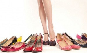 Wearing flat shoes can put strain on the knees, hip and lower back