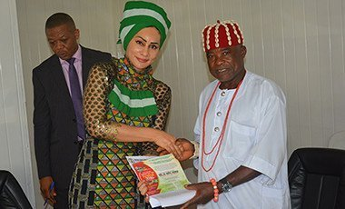 Ndi Igbo courtesy visit on Sally Mbanefo