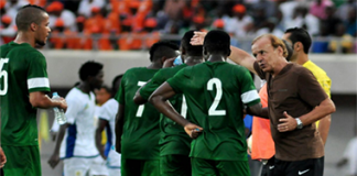 Rohr with Super Eagles
