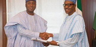 President Muhammadu Buhari (right) and Senator Bukola Saraki