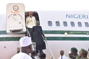 President Muhammadu Buhari alighting from the presidential jet at Kaduna International Airport