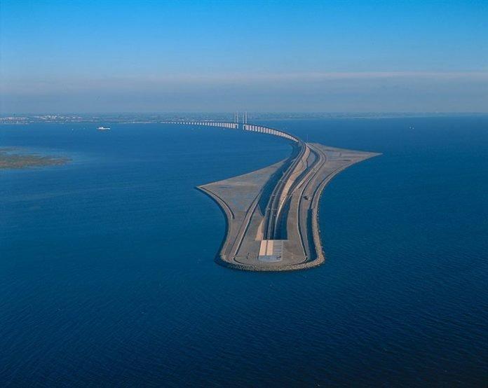 Sweden-Denmark-bridge-1