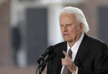 Billy Graham last journey to North Carolina
