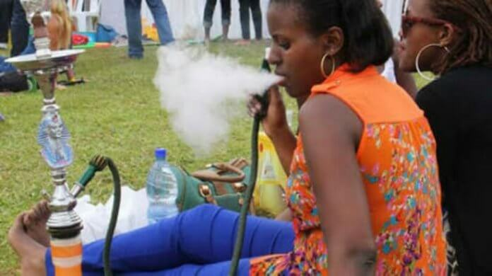 Shisha smokers in dangers