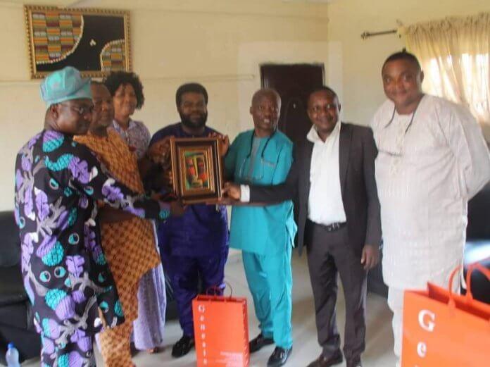 Wale Ojo-Lanre with the Curator of Genesis Arts Gallery, Oshogbo, Osun State, Mr Adeyinka Fabayo