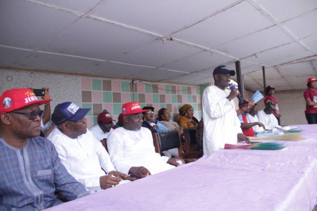 Vice-Admiral-Usman-Jibril-addressing-supporters-in-Lokoja