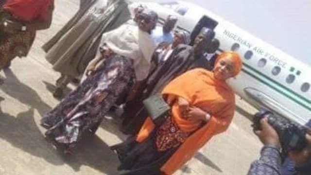 Buhari daughter fly presidential jet