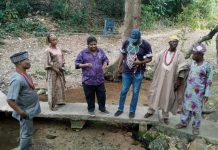Ojo-Bakare on tourist sites tour