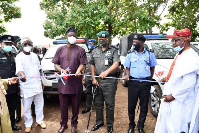 Makinde Inaugurate Police Unit