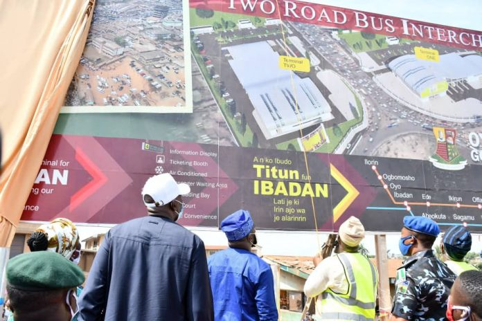Makinde flags off construction of ultra-modern bus