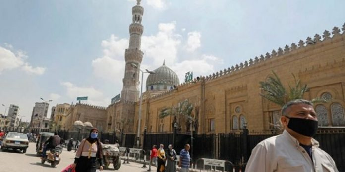 Egypt reopens mosques